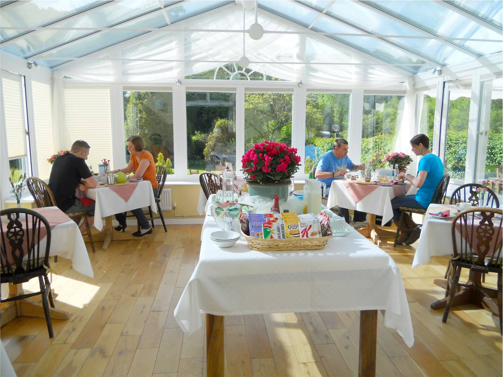 Breakfast In The Conservatory Polraen Country House