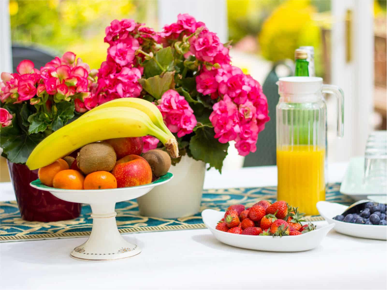 Breakfast Table Polraen Country House