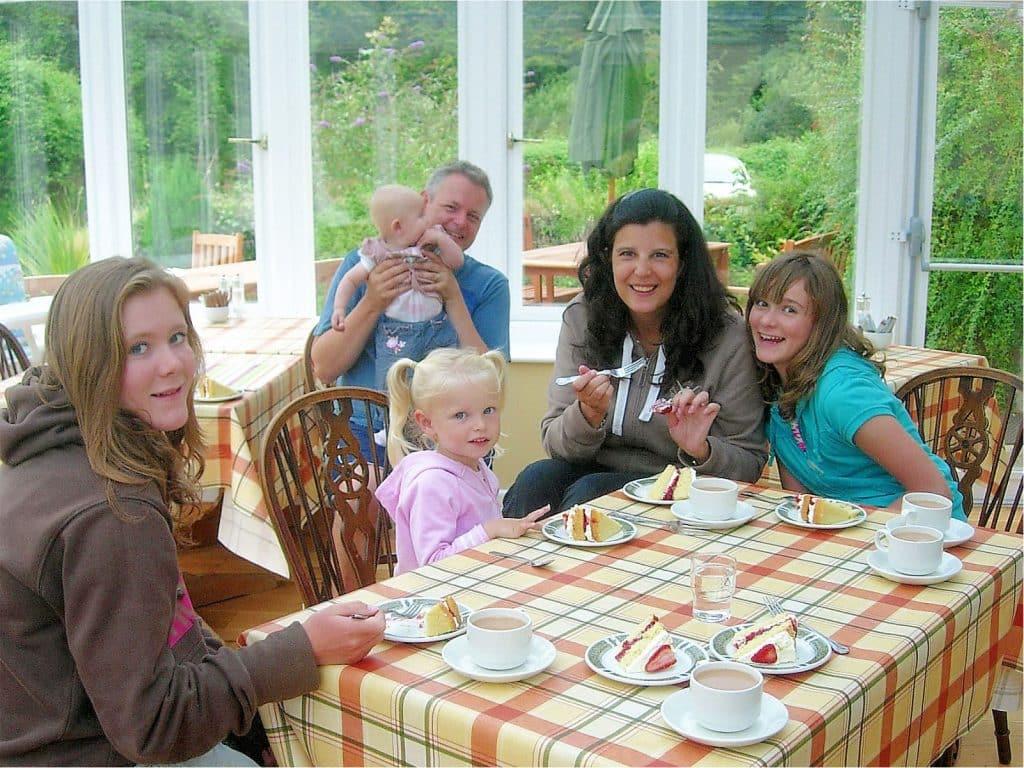 Family Friendly Polraen Country House