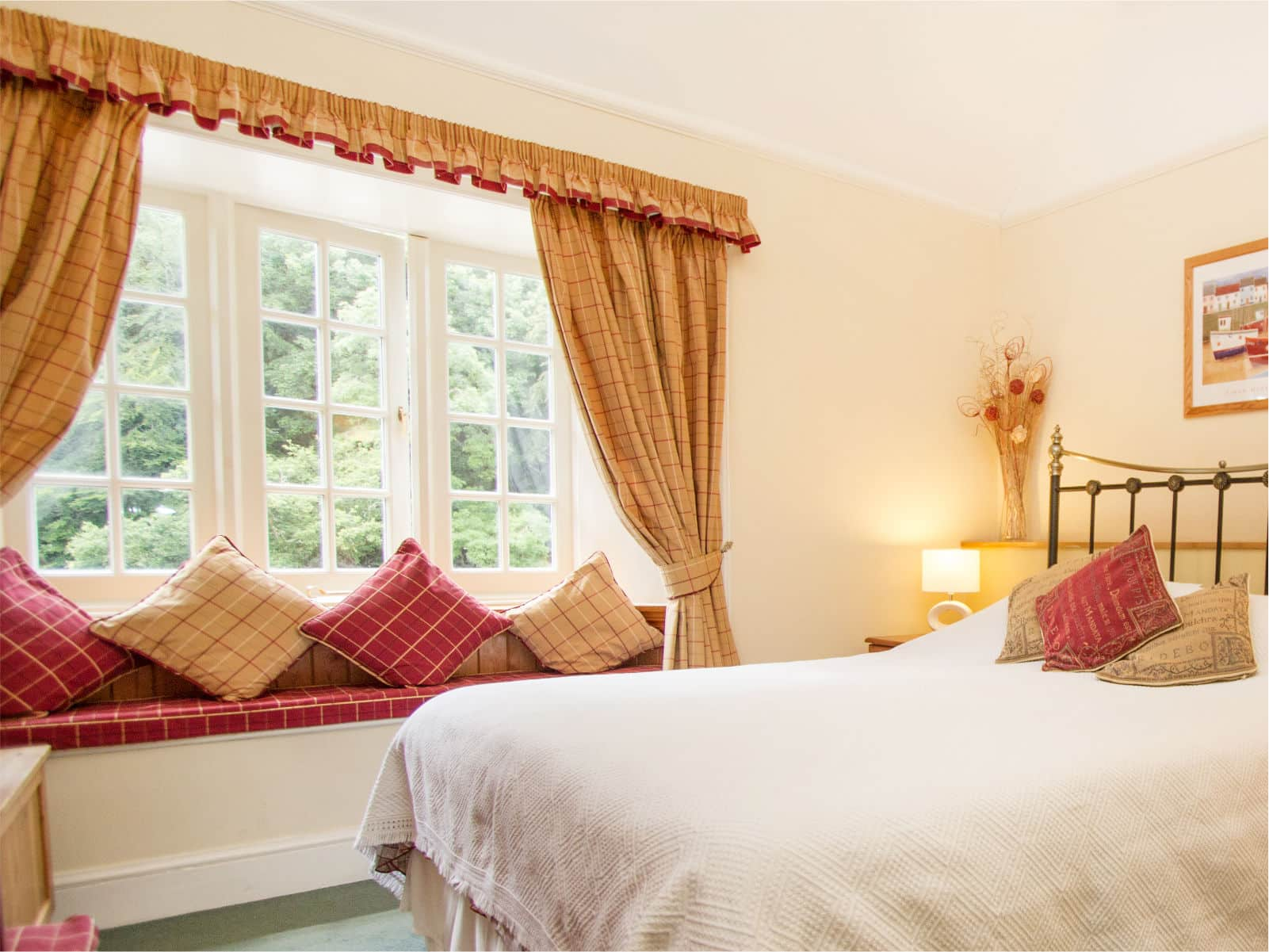 Kingfisher Bedroom at Polraen Country House