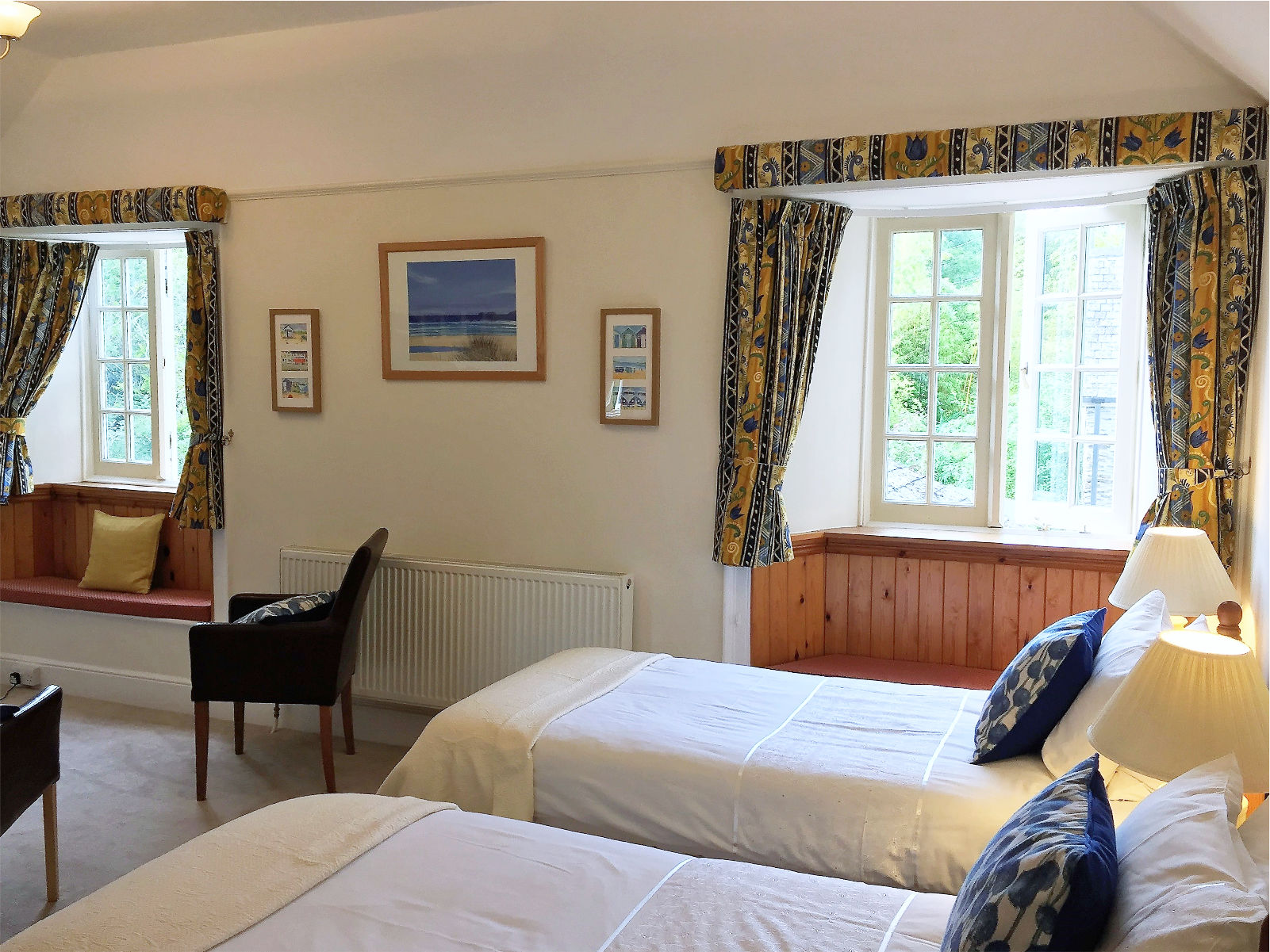 Oak Bedroom at Polraen Country House2