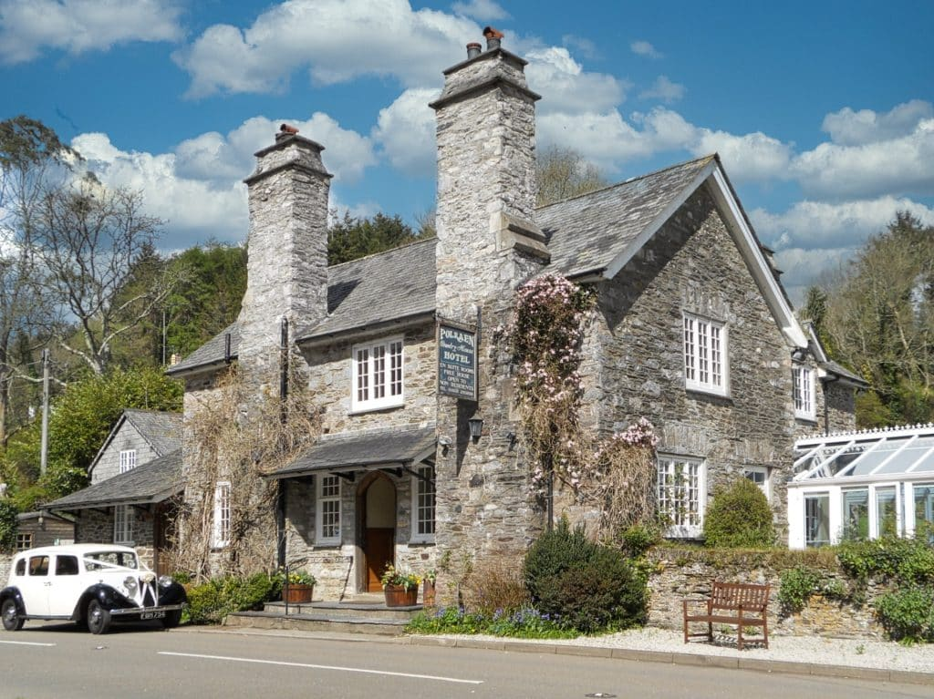 Front of Polraen Country House