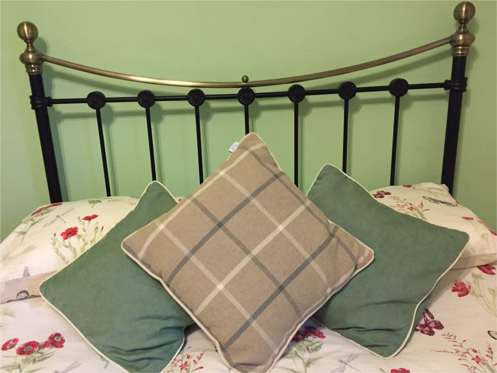 Willow Bedroom Polraen Country House 2