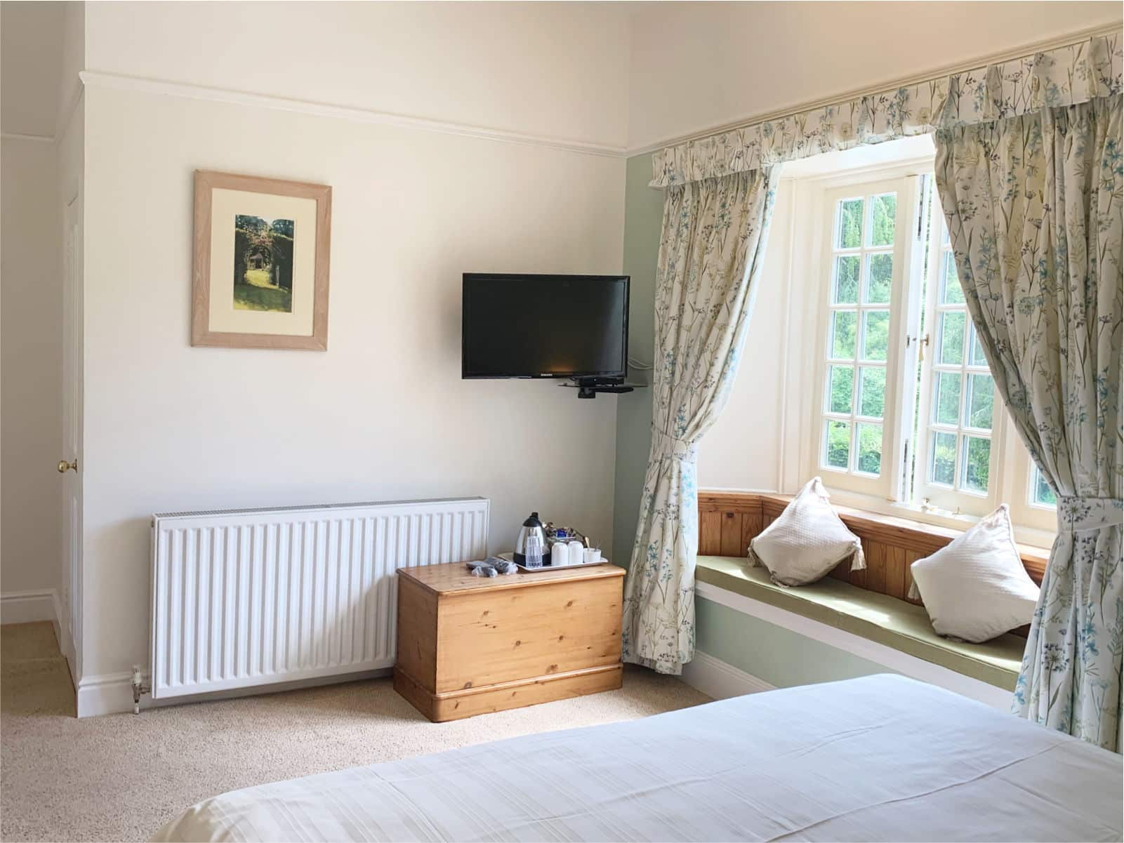 Wisteria Bedroom Polraen Country House 1