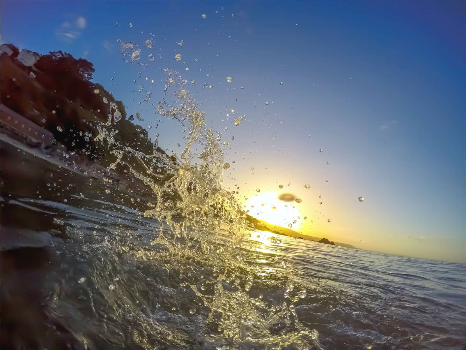 Swimming at dawn in Looe near Polraen Country House
